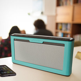 Optional covers add flair—and further protection—for your SoundLink speaker III.